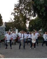 Trommelgruppe mit vollem Einsatz