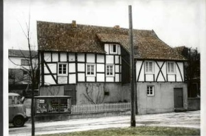 Schuhreparatur Werkstatt am Kirchplatz in Rosbach