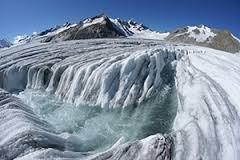Gletschertrekking vom Jungfraujoch nach Fiesch