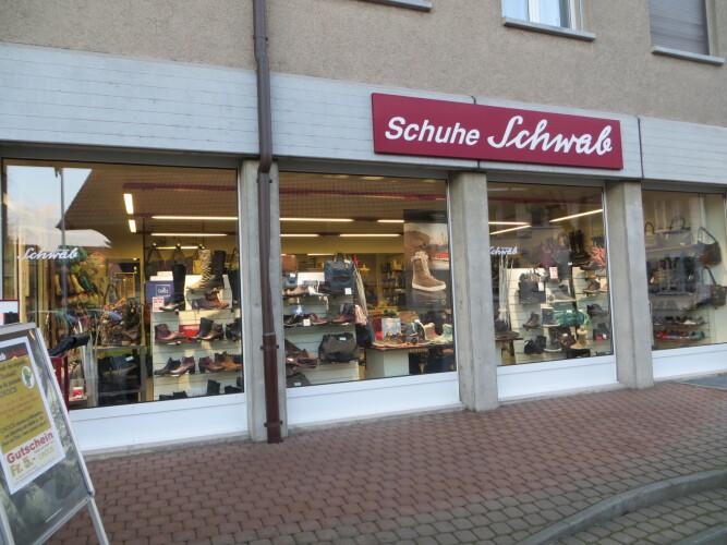 Schwab Schuhe Murtenstrasse 3 Schaufenster