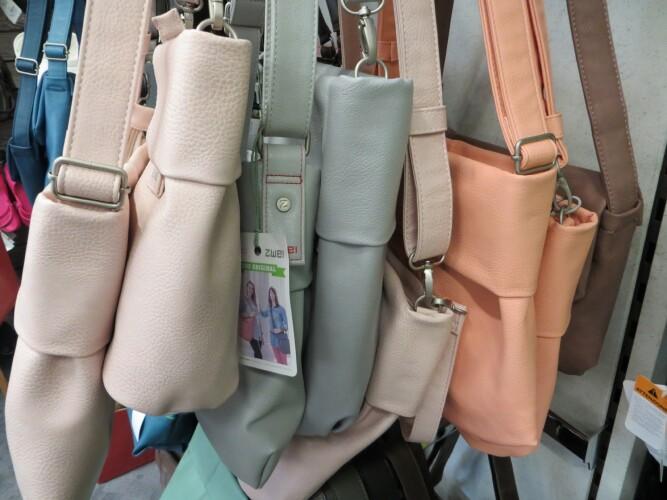 ZWEI Taschen Pastellfarben