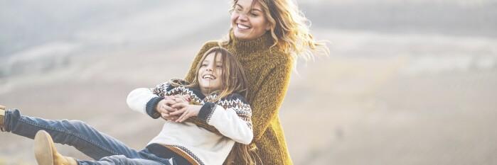 Basismotiv Herbst Frau und Kind HW21