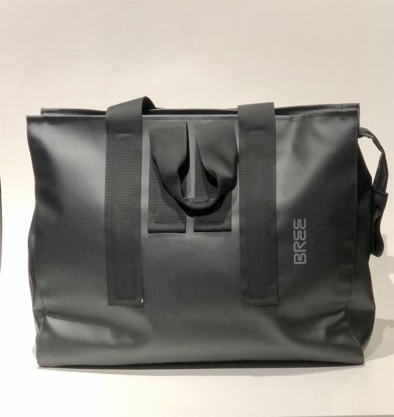 Bree Punch-Shopper in Black