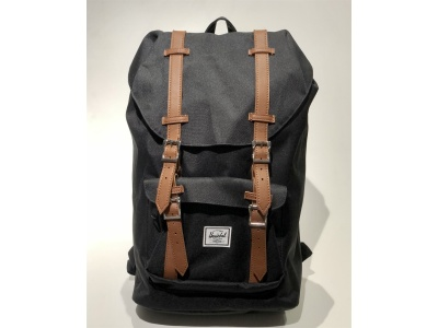 Rucksack Little America 17 Liter Black/Tan