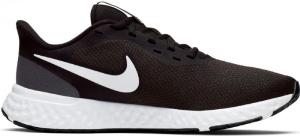 NikeRevolution 5